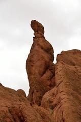 Agouti, een pilaar van conglomeraat, Marokko sept. 2014 (wally nelemans) Tags: pillar canyon morocco maroc marokko 2014 agouti conglomerate pilaar asifmgoun conglomeraat mgounkloof upliftedlayersofconglomeraterocks