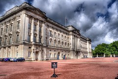 Buckingham Palace (scrapping61) Tags: england london unitedkingdom buckinghampalace legacy sincity 2014 scrapping61 daarklands trolledproud pinnaclephotography