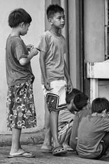 Kids (roxskulet) Tags: blackandwhite market streetphotography palengke parang pinoy marikina ngi