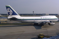 Air New Zealand B747-419 ZK-NBU FRA 10/06/1995 (jordi757) Tags: frankfurt airplanes boeing airnewzealand 747 fra b747 avions b747400 eddf zknbu