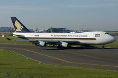 9V-SFA, Singapore Airlines Cargo Boeing 747-400F, BRU (Andries Cafmeyer Planespotting) Tags: brussels canon airplane eos flying airport singapore belgium belgique aircraft flight jet belgië bruxelles cargo airline vol boeing airways flughafen airlines flugzeug brussel avión aeropuerto 747 compagnie spotting avion bru zaventem vuelo aérienne flugzeuge flug aéroport ebbr spotter volant aerolíneas aeronave fliegend 747400f 9vsfa aerolínea