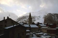 valdi01 (lmunshower) Tags: travel france alps snowboarding skiing helicopter alpine fondue luxury chalets valdisere espacekilly scottdunn chalethusky chaletlerocher tetedesolaise