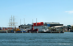 Lichtschip 1-5-16 (kees.stoof) Tags: amsterdam ndsm noord amsterdamnoord lichtschip
