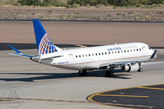 United Express E175 N138SY (KoryC757) Tags: arizona phoenix unitedairlines phx embraer skyharbor skywestairlines e175 n138sy