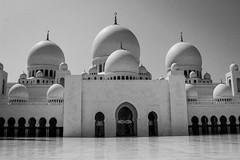 IMG_1215.jpg (svendarfschlag) Tags: uae mosque abudhabi unitedarabemirates sheikhzayedmosque   vereinigtenarabischenemiraten