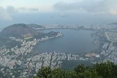 Christ the Redeemer, Rio de Janeiro (duncan) Tags: rio riodejaneiro cristoredentor christtheredeemer corcovado