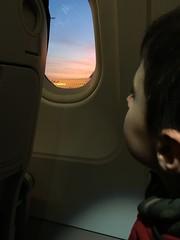 Ritorno sull'aereo (Danilo Marrani) Tags: baby little sweet budu bambino neonato beb draem