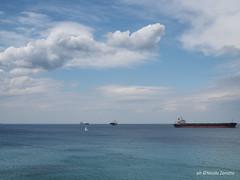 Minimal (NIKOZAR (Nicola Zaratta)) Tags: nuvole barche cielo golfo taranto olympusm25mmf18 em10markii