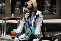 Scènes de rue (hans pohl) Tags: streets art portugal puppies cities porto rues villes poupées publicités