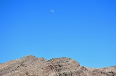 Las Vegas (jaffa600) Tags: unitedstates unitedstatesofamerica usa nevada lasvegas vegas sincity thesilverstate thesilvercity mojavedesert mojave moon daytimemoon
