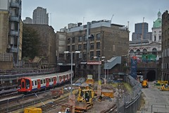 20-08-16 - 'The City Scene With S8 Stock' (Lukas66538) Tags: s8 tube london underground 21097 farringdon metropolitan line train to uxbridge