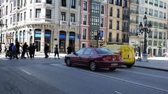 19-09-2016 027 (Jusotil_1943) Tags: 19092016 yellow urban callejeando redcars semaforo