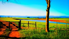 14053894_1073628759353380_7556759778479578503_o (gesielfreire) Tags: landscape collor beauty sunshine paisaje art light lake