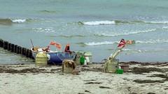 ~ monday ~ (c-or^^) Tags: meer waves balticsea fishingboat ostsee hiddensee breakwater wellen fischerboot fishermansequipment pentaxart holzbunen 20141024imgp0295