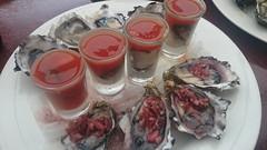 ellis beach $1 oysters (2) (harry de haan) Tags: food oz au australia oysters aus fnq palmcove ellisbeach xperia harrydehaan sonyc6903