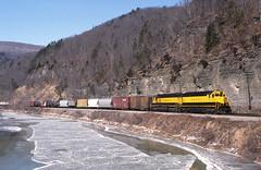 NYSW 3630 River (LV 312) Tags: railroad train dh kl yellowjacket freighttrain susieq sd45 emd kodachrome200 delawarehudson nysw newyorksusquehannawestern adrianny emdlocomotive emdsd45 canisteoriver winterrailroading brownscrossingny southerntierline canisteovalley westernnewyorkrailroads newyorkssoutherntier nysw3630