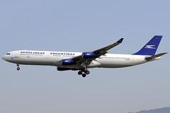 Aerolineas Argentinas A340-313 LV-BIT BCN 26/06/2010 (jordi757) Tags: barcelona nikon airplanes bcn airbus a340 avions d300 elprat aerolineasargentinas a340200 lebl lvbit