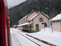 RD288.  Argentire. (Ron Fisher) Tags: snow france rail railway thealps ch narrowgauge frenchalps argentire schmalspurbahn montblancexpress metregauge voieetroite