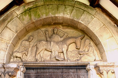 Aston Eyre, Shropshire, church, tympanum (groenling) Tags: door uk greatbritain england ass church stone leaf shropshire britain jerusalem jesus donkey stonecarving carving palm blessing gb entry mule disciple foal tympanum salop astoneyre