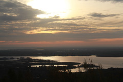 Duluth Morning (RPahre) Tags: morning minnesota sunrise harbor greatlakes duluth lakesuperior slouds stlouisriver