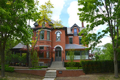 David Pender House .... 88 Cresent Road .... Toronto (Rosedale) Ontario (Greg's Southern Ontario (catching Up Slowly)) Tags: house architecture victorian rosedale victorianhouse torontoarchitecture canadianarchitecture davidpender cresentroadtoronto 88cresentroad