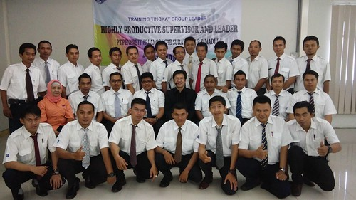 "Penerbit Erlangga Surabaya. Highly Productive Supervisor Leaders • <a style=""font-size:0.8em;"" href=""http://www.flickr.com/photos/41601386@N04/27896774704/"" target=""_blank"">View on Flickr</a>"