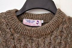 Aran wool sweater (Mytwist) Tags: bookcollectormom highland home womens l fisherman wool sweater scotland brown cable knit aran aranstyle crewneck crew neck style handgestrickt laine fashion bulky jumper jersey pullover