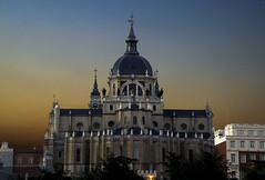 Madrid. La Almudena (Carlos Sobrino) Tags: nikon madrid architecture cathedrals csobrino flickelite buildings