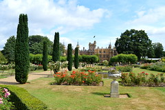 Formal Flora (dhcomet) Tags: knebworth stevenage herts hertfordshire lyttoncobbold stately home house estate urn garden laidout