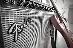 Rock'nRoll (jacousi45) Tags: guitare fender ampli rock rockn roll rouge music musique stage apex retro 70s band groupe string blues hard kamel chenaouy plug unplug heavy metal vieux old 80s red guitar nashville frette porter volume bokeh song focus electric electrique