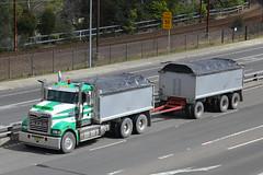 BJ-94JX(AU), Great Western Highway, Leura, September 3rd 2014 (Suburban_Jogger) Tags: mack roadtrain leura greatwesternhighway bj94jx