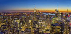 Sunset over the city, Manhattan Skyline, New York, USA (pedro lastra) Tags: sony a7r zeiss newyorkcity skyline architecture city building skyscraper dusk outdoor