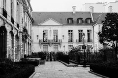 Paris, on film