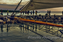 sAfE-HaRbOuR (limebluphotography) Tags: world auto show new travel sunset vacation sky food dog sun lighthouse white lake storm money black flower detail brick love beach nature monochrome beautiful weather fashion sport stone architecture clouds digital speed sunrise canon lens photography death pain nikon kiss paint day waves technology child play ride legs image body web birth hard smooth grow fast run images romance professional eat adobe pro pixels limeblu limebluphotography
