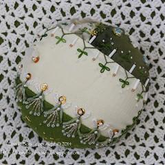2014.12.27CQJP2014December02 (ivoryblushroses) Tags: christmas advent embroidery cq embellishment pincushion crazyquilting 2014 cqjp2014