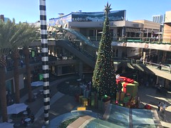 Nice shopping mall tree!  Santa Monica Place, California (bageltam) Tags: santamonica santamonicaplace