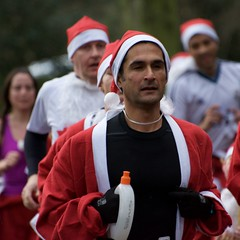 Santa Fun Run 187 (Malc H) Tags: santa loughborough rotaryclub santafunrun