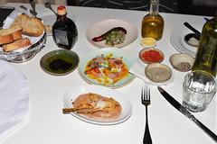 ארטישוק ננסי צלוי בתנור, סשימי דג ים וטרטר דג ים (pringle-guy) Tags: food fish nikon restaurants seafood aria אריה אוכל דג מסעדות מסעדתאריה