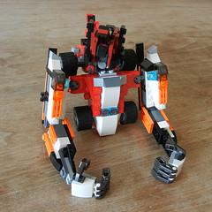 DSCN6405 (alfa145q_lego) Tags: robot lego mecha rebuild alternate 31034 31033 31032 legocreator vehicletransporter redcreatures futureflyers