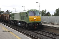 216, Portarlington, 27-06-2016 (MidlandDeltic) Tags: ireland trains railways irishrail 216 generalmotors portarlington emd iarnrdireann 201class