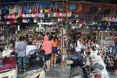 Bags (moniewka) Tags: vietnam hanoi oldquarter podre