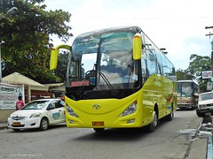 Bachelor Tours 4404 (Monkey D. Luffy 2) Tags: bus bachelor viking tours hino 4404 pbpa