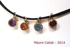 Gold pendants (Mauro Cateb) Tags: gold jewelry jewellery pendant jewel ouro pingente pendente joia joalharia joalheria joalheiro