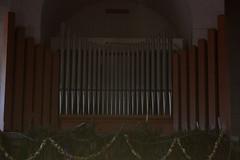 Orgel - Kirchenorgel in der Kirche Leysin ( Gotteshaus katholisch - Baujahr 1910 - Geweiht ... - Chiuche church église temple chiesa ) im Dorf Leysin über dem Rhônetal im Kanton Waadt - Vaud in der Westschweiz - Suisse romande der Schweiz (chrchr_75) Tags: music church schweiz switzerland suisse suiza swiss iglesia kirche chiesa organ igreja suíça instrument musik organo christoph svizzera kerk organe orgel sveits januar kirkko kirke sviss zwitserland sveitsi kościół suissa 2015 urut церковь 教会 1501 musikinstrument kirchenorgel órgano chrigu szwajcaria εκκλησία órgão スイス chrchr chiuche hurni 臓器 chrchr75 chriguhurni kirchenorgeln albumkirchenorgelnderschweiz chriguhurnibluemailch orgán januar2015 hurni150101 albumzzz201501januar