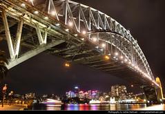 Harbour Bridge @ Night, Sydney, Australia (JH_1982) Tags: new bridge light luz wales night dark point puente lights noche glow darkness nacht harbour lumire south sydney australia ponte nsw glowing australien nuit notte dunkel beleuchtung baa australie  dawes baha    beleuchtet leuchten      cu   cng      sdney