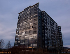 ShAdoW and LiGhTs (Infernal elf) Tags: shine housing block residential skien