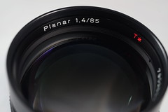 Contax T* 85 f1.4 MMJ for C/Y mount (AgelsGold - 0904 030682) Tags: t for f14 mount contax 85 cy mmj