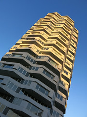 No 1 Croydon Building (surreyblonde) Tags: london canon g15 no1croydon highrise officeblocknla towerthrupenny bit building2richardselfortandpartners londonskyline architecture windows 1960s