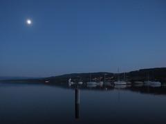Mond ber Greifensee (Prop-Bender) Tags: himmel mond see hubschrauber sonne