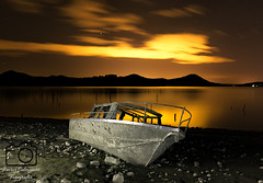 Atardecer en Landa (Javier Colmenero) Tags: longexposure sunset atardecer nikon barca ship pantano swamp nocturna alava euskadi paisvasco araba cav sigma1020mm largaexposicin landa nikond3100